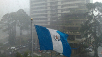 Lluvia con granizo en diferentes zonas de la capital