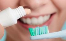 Consejos para mantener tus dientes limpios