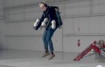 Presentan un traje al estilo Iron Man que permite volar 4,5 metros sobre el suelo